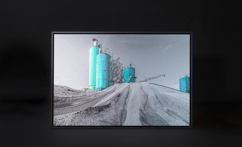 Kunstdruck von einer Baustelle mit Wassertank für die Inneneinrichtung von Ragano